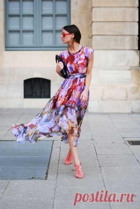 Красивые летние платья для леди 40+: 18 модных образов Если вам уже исполнилось 40 лет, вы не должны задумываться о сером и скучном гардеробе! При умелом выборе вещей вы будете неотразимой! С наступлением летнего сезона в гардеробе проводиться ревизия и м…