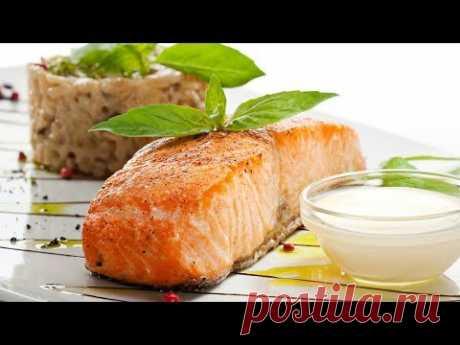 ФОРЕЛЬ & СЕМГА в духовке СОУС из ВИНА и РИС басмати - YouTube #Форель или #семга в духовке – это простой рецепт, который должен быть у каждого! Красная рыба богата витаминами, а также полезными жирами Омега-3. Рис басмати идеальное сочетание с форелью или семгой. Сливочный соус из вина исключительный вариант подачи блюда на праздничный стол или новогодний стол. Как приготовить соус и как запечь рыбу расскажет канал Золотой спиннинг.
