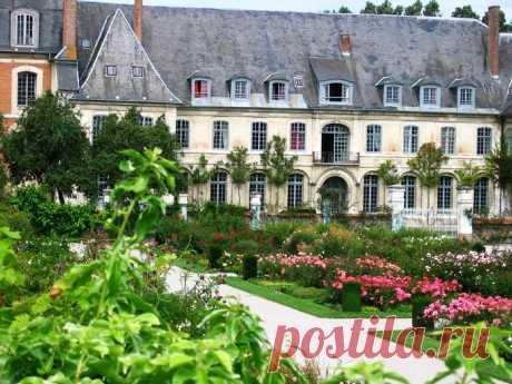 Аббатство Jardin de Valloires, Пикардия, Франция.