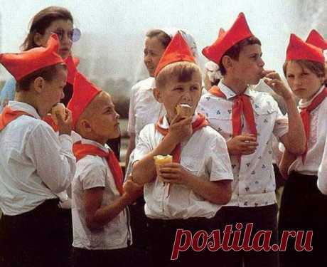 В чем феномен советского мороженого, которым мы восторгались с детства?