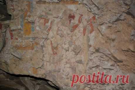 Los hallazgos inesperados, que eran hechos en las tumbas por todo el mundo