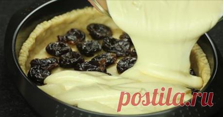 La receta simple del pastel sabroso y nutritivo caseoso. ¡El sueño de cualquier ama! Aquí todavía el trozo