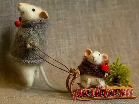 Как встречать Новый 2020 год Крысы: приметы От того, как пройдет новогодняя ночь, во многом зависит, каким будет весь год. Благодаря приметамполучится удачно встретить 2020 год ипривлечь вжизнь благополучие.