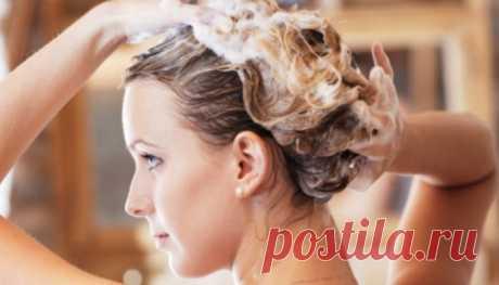 Как сделать волосы крепкими и шелковистыми Как превратить любую, даже довольно жидкую или потрепанную жизнью и средствами для окраски шевелюру в свою красу и гордость. Здесь вам помогут рецепты, давным-давно изобретенные нашими бабушками, мног…
