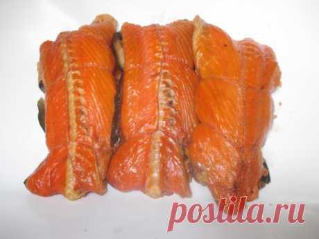 Горячее копчение хребтов лосося