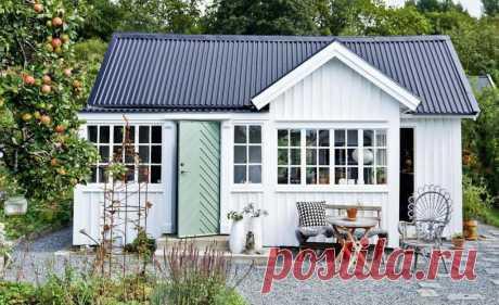 Семейная пара купила старый домик и за полтора года сделала из него жилье мечты