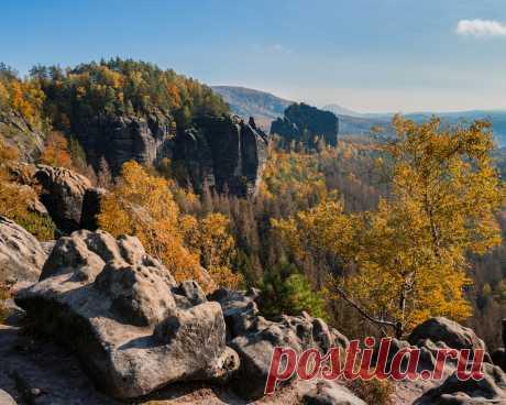 Картинки германия, осень, горы, saxony, скала, деревья, природа - обои 1280x1024, картинка №435001