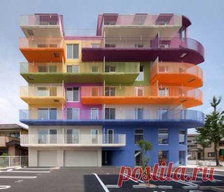 Яркий дом.Япония.