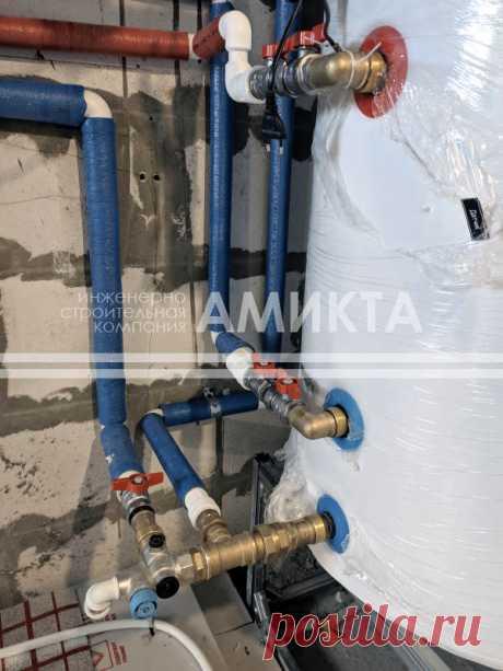 Монтаж бойлера косвенного нагрева для системы отопления коттеджа. заказать отопление загородного дома в спб можно тут - https://amikta.ru/otoplenie/
