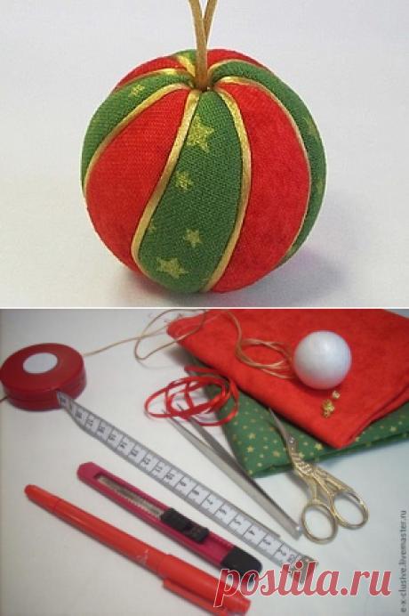 Las bolas del árbol de Noel en la técnica kimekomi - la Feria de los Maestros - la labor a mano, handmade