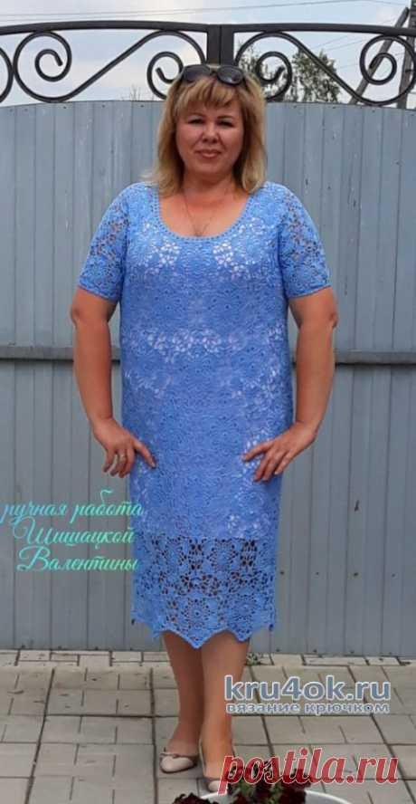 Женское платье крючком Незабудка. Работа Валентины Шишацкой