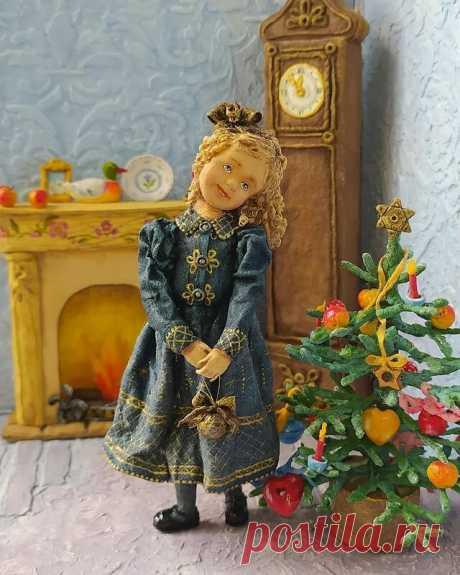 Ирина Сербова - ювелир в мире ватных игрушек, которая умеет делать сменную одежду из ваты для своих кукол. | Игрушка Ёлочная | Яндекс Дзен