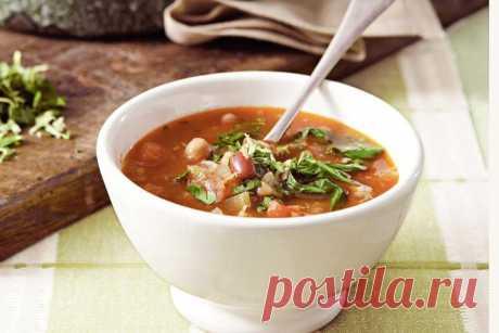 Mixed bean & pancetta soup