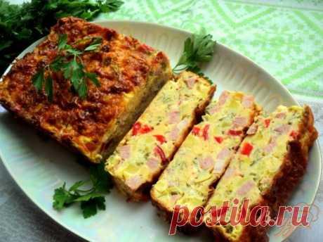 Закусочный кекс с овощами и ветчиной - пошаговый рецепт с фото Такой кекс можно приготовить на завтрак или просто для перекуса. Вкусно и в горячем и в холодном виде!
