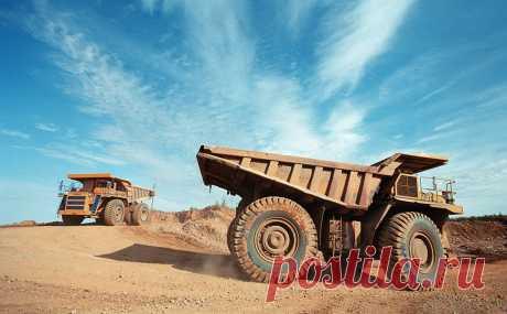 Одно из крупнейших месторождений золота в Якутии выставят на аукцион. Роснедра продадут на аукционе крупнейшее из нераспределенного фонда месторождение золота в Якутии. Размер стартового платежа — ₽2,2 млрд, победитель также должен будет покупать энергию у атомной мини-станции «Росатома»