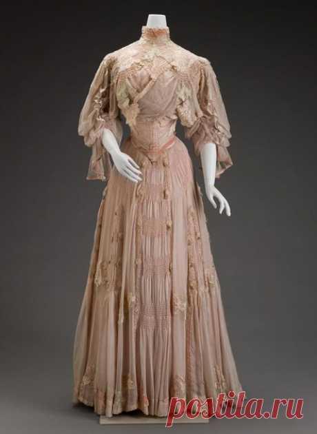 Дневное шёлковое платье 1906 года. Модельер - Girolamo Giuseffi (1864-1934), США. / Путь моды