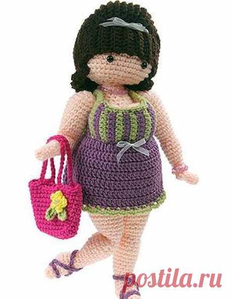Забавная и очаровательная вязаная кукла Сюзетта, модная дамочка с ридикюлем - отличный подарок для взрослых. Подробный мастер класс (переведено на русский зык)