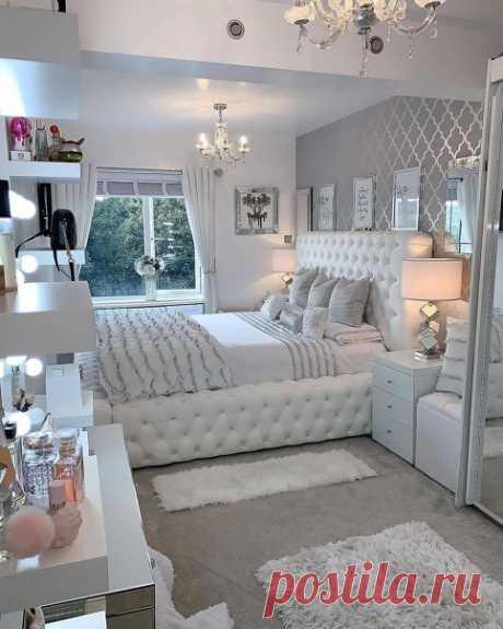 Идеальная спальня. Нравится, когда кровать у окна