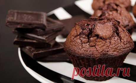 Шоколадные маффины в мультиварке - Пошаговый рецепт с фото своими руками Шоколадные маффины в мультиварке - Простой пошаговый рецепт приготовления в домашних условиях с фото. Шоколадные маффины в мультиварке - Состав, калорийность и ингредиенти вкусного рецепта.