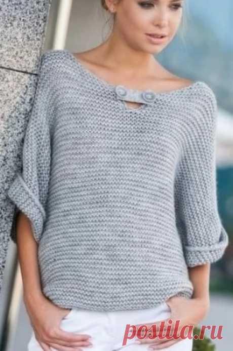El pulóver a la moda por los rayos