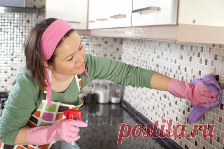 Как удалить пятна со стен без необходимости повторной покраски «Откройте для себя способы, благодаря которым стены в кухне чистые и без пятен! Из собственного опыта знаю, как трудно избежать в доме грязных стен,»