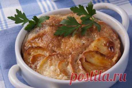 Яичница, запеченная с картофелем | АиФ Кухня