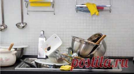 Почему вы никогда не должны мыть горячую сковородку