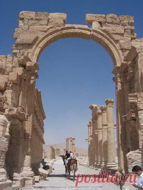 В Пальмире уничтожена Триумфальная арка