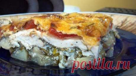 Запеканка с курицей,картофелем,шампиньонами,помидорами и сыром