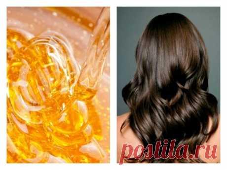 Маска с медом для волос: восстанавливающие и укрепляющие рецепты. Избавиться от многих неприятностей с волосами помогает медовая маска для волос. Этот натуральный и полезный ингредиент позволяет вернуть волосам силу, улучшить и избавить от секущихся кончиков.  Благодаря уникальному составу, мед, при регулярных применениях его в масках для волос, питает, укрепляет их, придает блеск и шелковистость, борется с перхотью.
