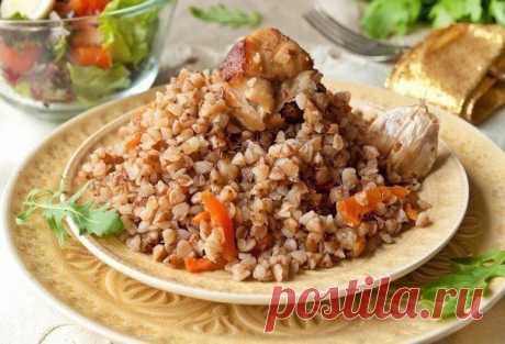 Топ-9 вкуснейших блюд с гречкой   1. Гречка-по купечески  Ингредиенты: Показать полностью...