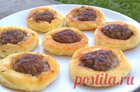 Открытые пирожки с мясом, без возни с тестом | Самые вкусные кулинарные рецепты