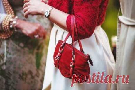 Красная сумка: с чем носить, интересные сочетания и рекомендации стилистов 👍 Вопреки расхожему мнению, красный цвет идёт практически каждому (в отличие от чёрного).