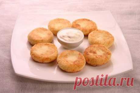 Низкокалорийные сырники с яблоком — Мегаздоров