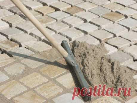 Дорожка из тротуарной плитки на даче: как уложить своими руками | Бордюры и дорожки (Огород.ru)