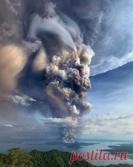 Извержение вулкана Тааль на Филиппинах