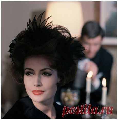Beautiful German model Gitta Schilling, photo by F.C. Gundlach, Hamburg 1962