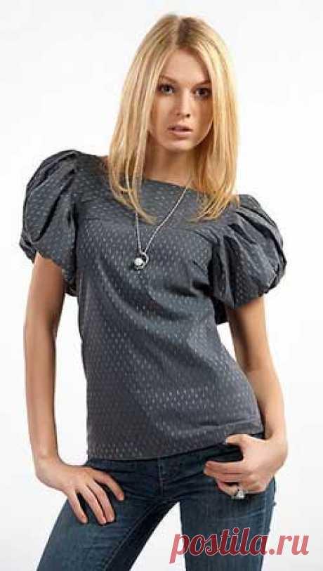 Блузка с рукавом-фонарик