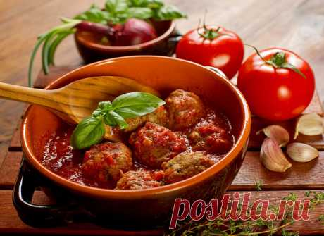 Фрикадельки в томатном соусе - tochka.net