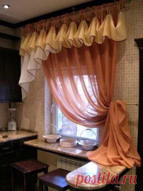 Красивый ламбрекен на кухню