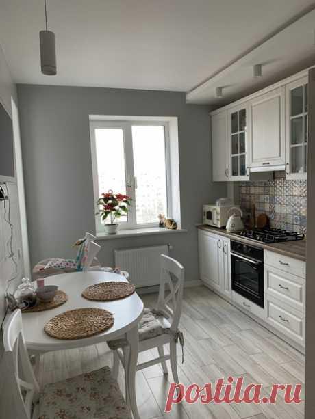 Оцените нашу кухоньку, нравится?