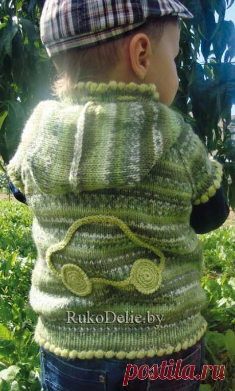 Вязанный спицами жилет с капюшоном для мальчика (2-3 года). :: Модели одежды для малышей :: Детская одежда :: Вязание спицами/Knitted clothes for babies :: RukoDelie.by