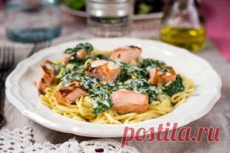 Спагетти с лососем и шпинатом: рецепт пошагово