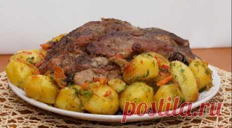 Запеченное мясо с картошкой в рукаве | Готовим вкусно | Яндекс Дзен
