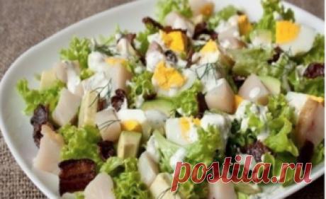 Когда хочется ЭДАКОГО: Сытный Салат с Копченой Скумбрией Просто супер! Можно подавать отдельным блюдом!
