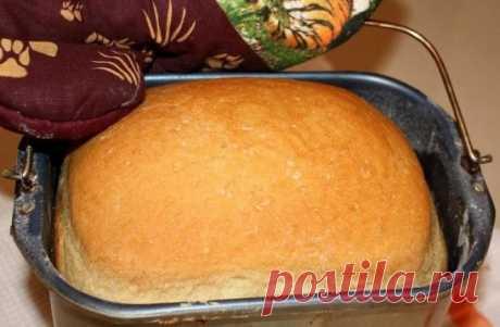 La receta del pan.\u000d\u000aMimo a veces la familia de casa hlebushkom. Ha decidido sacar la foto y la receta. Si alguien prueba y agradecerá, a mí será agradable. Pienso, no hay nada es más sabroso pan casero hecho por las manos.\u000d\u000aAquí retseptik:\u000d\u000a1 litro el agua hervido\u000d\u000aLa levadura 50 gr., lo mejor de todo crudo.\u000d\u000aEl aceite los 3 art. vegetales de la cuchara\u000d\u000aEl azúcar 2 art. de la cuchara\u000d\u000aLa sal 2 h. Las cucharas\u000d\u000aEl tormento 1,5 - 1,7 kg.\u000d\u000aEs deseable todo añadir por orden, a partir de la levadura, disolverlos en el agua caliente, luego el aceite cría...