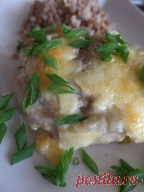 Рецепт на выходные: Свинина, запечённая с грибами, сыром и фенхелем | Изюминки