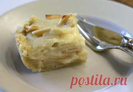 Яблочный пирог, со сметанной заливкой - Новий День
