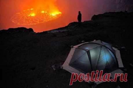 Кратер вулкана Ньирагонго (29 фото) . Тут забавно !!!