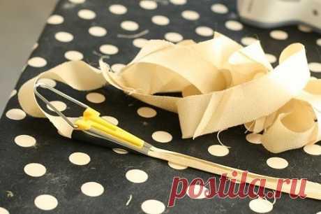 Как выкроить косую бейку, если не хватает ткани